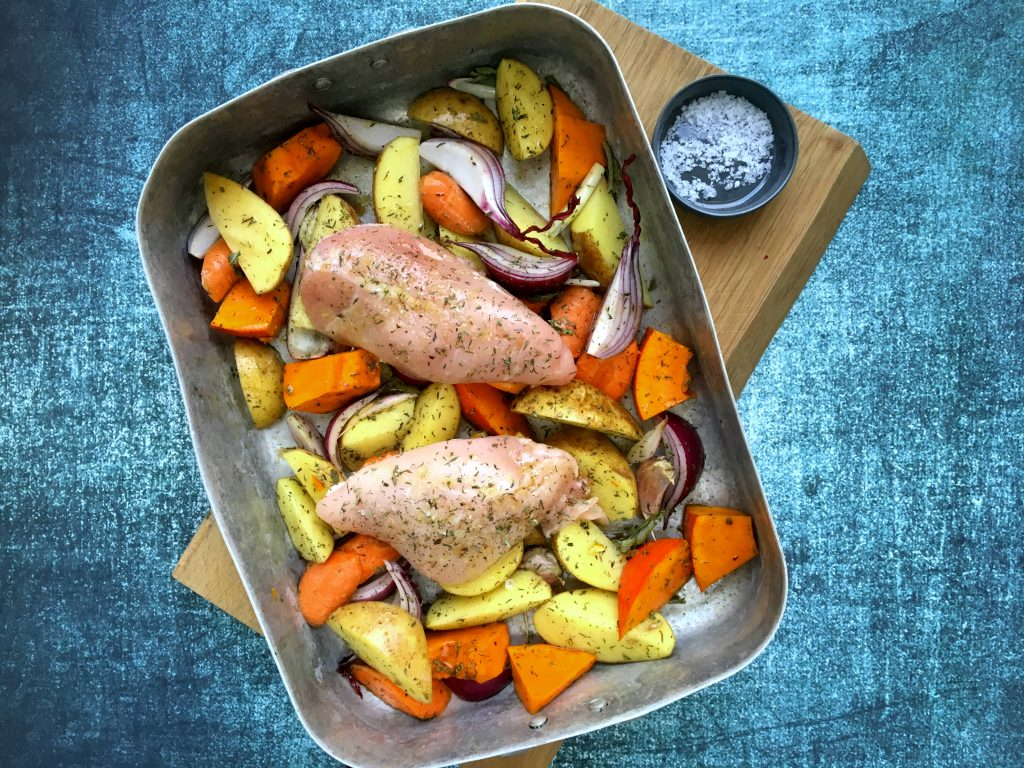 Alt i et fad -Kylling, kartofler og grøntsager